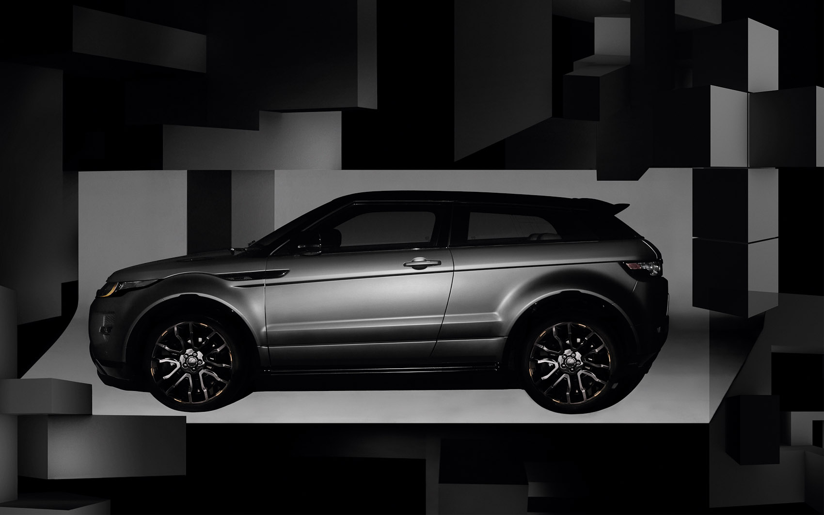 03_nick_knight_shoot_range_rover_evoque_se_with_victoria_beckham_05_rgb-2